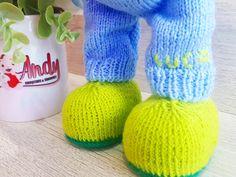 Amigurumi, crochet, dolls, toys, madeinro, handmade Amigurumi Doll, Crochet Toys, Leg Warmers, Knitted Hats, Dolls, Knitting, Handmade, Leg Warmers Outfit, Baby Dolls