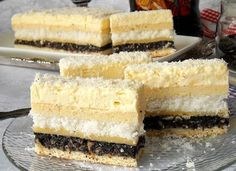Danina kuhinja: Kolač sa makom i kokosom Romanian Desserts, Food Cakes, Something Sweet, Cake Cookies, Food Styling, Vanilla Cake, Coco, Cake Recipes, Sweet Treats