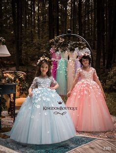 flower girl dress 18-2101 - kingdom.boutique Girls Tutu Dresses, Tutus For Girls, Flower Dresses, Ball Dresses, Ball Gowns, Satin Dresses, Tulle Flower Girl, Tulle Flowers, Flower Girls