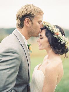 Watters Chantelle gown Photography: Krista A. Jones - kristaajones.com/  Read More: http://www.stylemepretty.com/2015/03/11/rustic-manor-wedding/