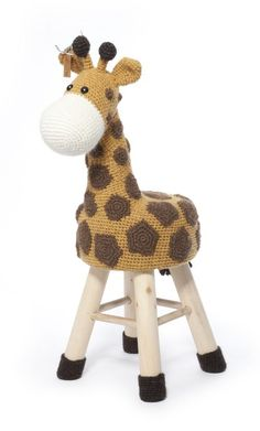 Animal Stool part 1 and part 2 together for English books contain in each book crochet instructions for 9 animals figures to slipcover a stool. Crochet Home, Crochet For Kids, Crochet Yarn, Stool Cover Crochet, Crochet Furniture, Braided Rag Rugs, Stool Covers, Baby Girl Crochet, Crochet Animals
