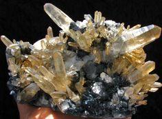 quartz and black hemitite