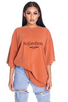 Burnt orange yves tee in 2019 Baggy Tshirt Outfit, Oversized Shirt Outfit, Baggy Tee, Baggy Shirts, Oversized T Shirt, Tee Shirt, Mode Outfits, Fashion Outfits, Swag Outfits