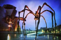 Guggenheim Bilbao guarded by arachnid sentry