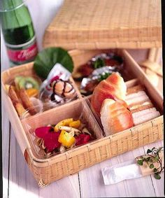White Bamboo Divided Bento Box Cuisine Collectible $68