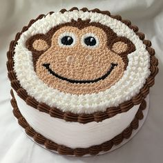 monkey cake Monkey Birthday Cakes, 17 Birthday Cake, Monkey Cakes, Jungle Cake, Cakes For Boys, Kid Cakes, Animal Cakes, Cake Decorating Techniques, Novelty Cakes