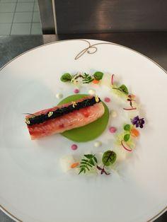 King crab leg,caviar,cucumber jello