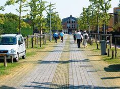 Soft street - softer parking spaces. The Netherlands