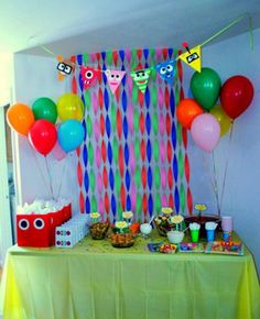 2nd Birthday-Yo Gabba Gabba party table!!