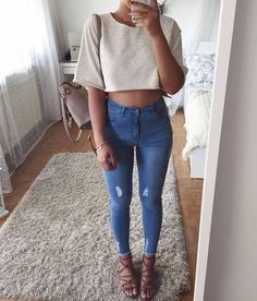 stylish summer outfits to wear now 34 Related Stylish Summer Outfits, Cool Outfits, Casual Outfits, Look Fashion, Teen Fashion, Fashion Outfits, Mein Style, Inspiration Mode, Fashion Tips For Women