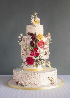 Free Floral - Cake by Danijela Lilchickcupcakes Beautiful Wedding Cakes, Gorgeous Cakes, Amazing Cakes, Wedding Cakes With Cupcakes, Cupcake Cakes, Poke Cakes, Cake Wedding, Cupcake Ideas, Wedding Gowns