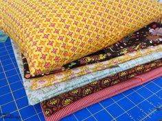 Make your own quick easy envelope pillow case - Rae Gun Ramblings #tutorial