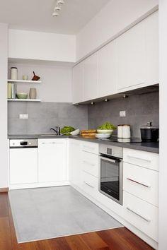 farbgestaltung küche ideen weiße schränke matt graue fliesen