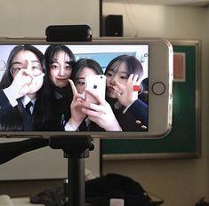 Ulzzang Couple, Ulzzang Girl, Boy And Girl Friendship, Korean Best Friends, Photo Recreation, Korean People, Foto Instagram, Best Friend Pictures, Cute Friends