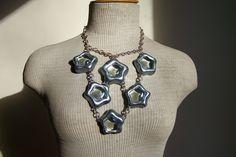 Collier plastron étoiles de verre - Collier de soirée - Plastron étoiles argentées. de la boutique MyFrenchWorkshop sur Etsy
