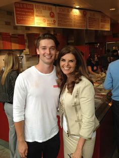 Patrick Schwarzenegger and his mother, Maria Shriver. Business Clothes, Business Outfits, Eunice Kennedy Shriver, Celebrity Children, Familia Kennedy, Patrick Schwarzenegger, Maria Shriver, John Junior, John F Kennedy