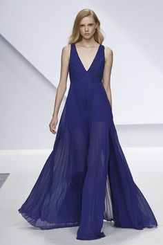 Krizia Ready To Wear Spring Summer 2014...Wow, gorgeous. Imagine this in your wedding colors with embellishments, beautiful. Cheaper to have custom-made than purchasing from salon.