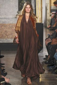 Gypsy Purple: Fashion Find: Emilio Pucci ..Spring 2011... very kaftanesque