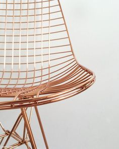 Check out this amazing copper design furniture's. Copper Interior, Home Interior, Interior Design, Copper Rose, Copper Color, Rose Gold, Design Furniture, Chair Design, Copper Furniture