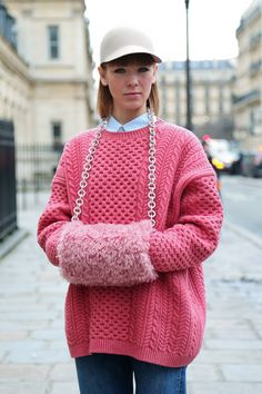 Vika Gazinskaya oh let's see this pink sweater muffler combination just one more time #alltheprettybirds