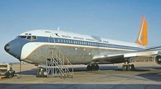 SAA 707 Heathrow 1977 Mercury, Illinois, Boeing 707, Passenger Aircraft, Air Photo, Vintage Airplanes, Civil Aviation, Pageants, Vintage Posters