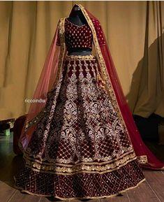Pakistani Party Wear, Party Wear Lehenga, Party Wear Dresses, Wedding Dresses, Prom Dresses, Bollywood Bridal, Bollywood Lehenga, Designer Bridal Lehenga, Bridal Lehenga Choli