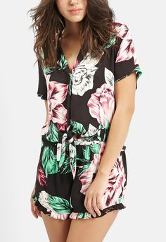 This tropical floral print Topshop blouse gives such a flirty, on-trend laid-back vibe.