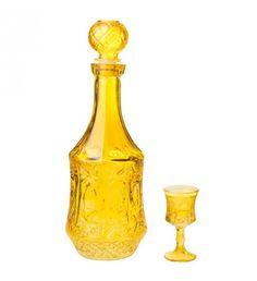 S_7 GLASS DECANTER IN YELLOW COLOR W_6 CUPS 11Χ32_ (6) 5Χ9