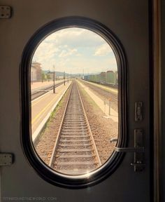 Viajar | Mochilera | Viajes | Transporte | Tren | Bus | Avión | Autostop | Travel blogger | Rusia | Transiberiano