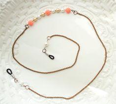 Rosy Eyeglass Chain