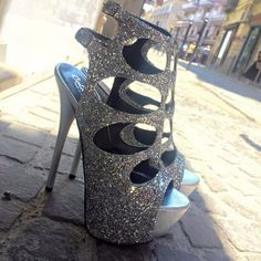 Shoespie Sequined Cut-out Platform Sandals