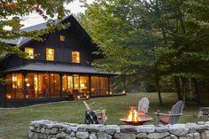 Ahhh, fire pit weather. 🔥 (Regram: @elledecor |: @ericpiasecki | Design: Heather Wells) #outdoorliving  via ✨ @padgram ✨(http://dl.padgram.com)