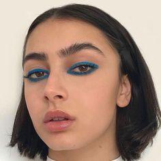 Makeup Eye Looks, Cute Makeup, Pretty Makeup, Skin Makeup, Glossy Makeup, Eyeliner, Mascara, Eyeshadow, Makeup Inspo