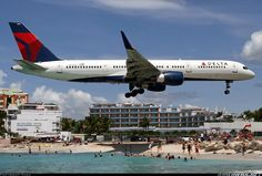 Boeing 757-231 aircraft picture