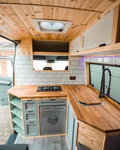 Van Conversion Interior, Camper Van Conversion Diy, Van Interior, Van Conversion Bed Ideas, Van Conversion Ford Transit, Van Conversion Kitchen, Motorhome Interior, Sprinter Van Conversion, Bus Living