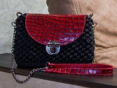 25 отметок «Нравится», 4 комментариев — Таша Тучкова (@gussya13) в Instagram: «Вот, доказательство что я не совсем лентяйка 😀 Сумки правда не дождались солнечного света, потому…» Chanel, Shoulder Bag, Classic, Bags, Fashion, Derby, Handbags, Moda, Fashion Styles