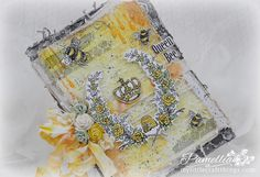 My Little Craft Things: Beautiful Queen Bee make by Pamellia Johnson
