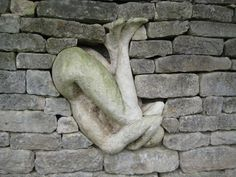 Anna Gillespie, Held, Installation at Burghley House Sculpture Garden, Brick In The Wall, Brick Wall, Louise Bourgeois, Magritte, Art Sculpture, Garden Sculpture, Solas Dragon Age, Street Art, Soul Stone