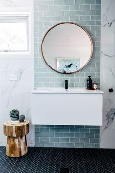 Home Interior Colour blue and marble tile bathroom + bathroom design + floating vanity + round bathroom mirror Bathroom Renos, Laundry In Bathroom, Master Bathroom, Bathroom Ideas, Bathroom Designs, Bathroom Organization, Bathroom Mirrors, Bathroom Towels, Bathroom Remodeling
