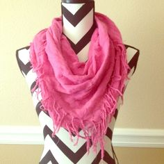 YAY!!! HP  Stylish Pink Scarf!!! Ask questions! No trades  No Pay Pal ✅Bundles  ✅Negotiate/offers  Smoke free  Pet free Accessories Scarves & Wraps