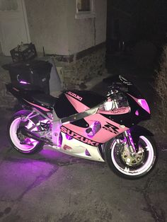 2000 Gsxr 750 My girls edition