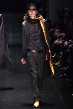 the right way to wear a suit. dior homme fw 2005 by hedi slimane...who else.