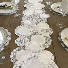 Prettie Table Runner Shab Rustic Paper Doilies Diy Weddings pertaining to proportions 900 X 900 Paper Table Runner Wedding - You could also hand applique i Paper Lace Doilies, Paper Doilies Wedding, Paper Doily Crafts, Wedding Paper, Framed Doilies, Deco Champetre, Paper Table, Wood Table, Rustic Table