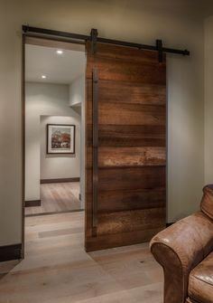 Barn door / reclaimed / Milne