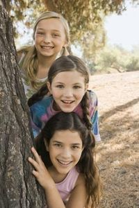 Activities for Junior Girl Scouts thumbnail- Right-Left Game Girl Scout Swap, Girl Scout Leader, Girl Scout Troop, Cub Scouts, Girl Scouts, Girl Scout Activities, Activities For Girls, Long Distance Friends, Girl Scout Juniors