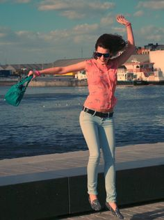Curls and Bags by Nathalie Van den Berg: Outfit: zebras on my blouse
