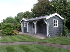 Ons bouwbedrijf uit Enkhuizen heeft zich niet uitsluitend gespecialiseerd in het bouwen van tuinhuizen, maar wij rekenen dit wel tot een van onze specialiteiten. Wij voorzien in het ontwerp, levering en het plaatsen van kleine en grote tuinhuizen. We hebben veel ervaring met zowel tuinhuizen van hout als steen. Klassiek / Authentiek vormgegeven of juist … Shed Decor, Garden Cabins, Carport Garage, Attached Pergola, Small Cottages, She Sheds, Shed Design, Small Gardens, Outdoor Projects