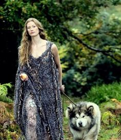Aslaug (Alyssa Sutherland) in #Vikings (#HistoryChannel 2013 #TVserie )