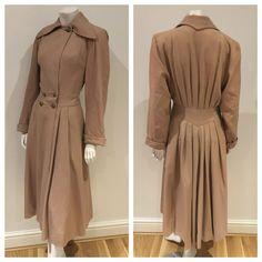 Vintage 40s original Arnold Constable princess fit n flare camel coat 8 10 S
