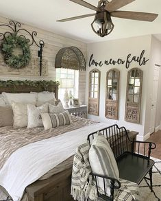 23 Farmhouse Bedroom Ideas in - ,Farmhouse living has a very unique feel. - 23 Farmhouse Bedroom Ideas in – ,Farmhouse living has a very unique feel. If you long for that fe - Farmhouse Style Bedrooms, Farmhouse Master Bedroom, Master Bathroom, Master Bedrooms, Master Suite, French Country Bedrooms, Bedroom Rustic, Modern Bedroom, Country Cottage Bedroom